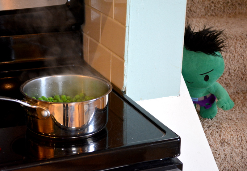 cozy birdhouse | baby hulk making mushy peas