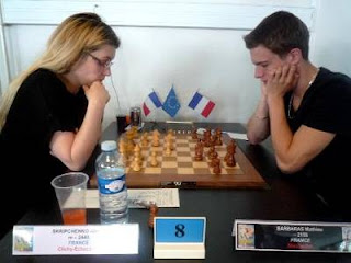 Ronde 11 : Almira Skripchenko (2440) 1-0 Mathieu Barbaras (2115) - Photo © FFE