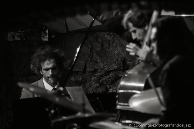 Ismael Dueñas trio