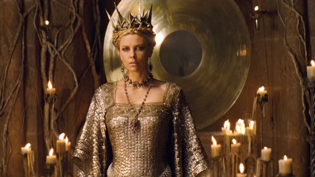 JS REVIEWS AND GIVEAWAYS Snow White And The Huntsman