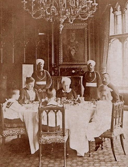 Etiquipedia: Past Dining Etiquette, Foods and Customs of the British ...