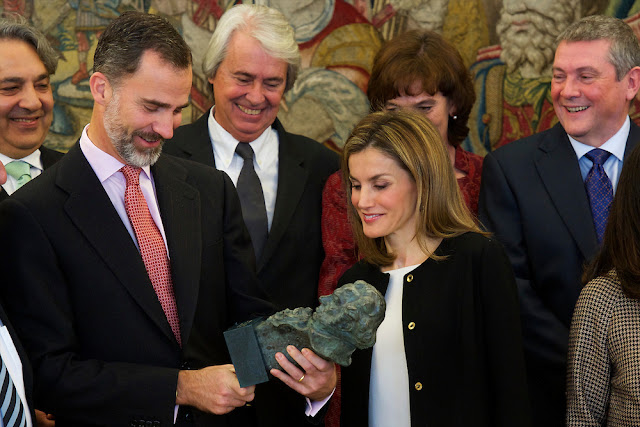 Spanish Royals receives Board of the Academy of Cinema - CAROLINA HERRERA Shoes