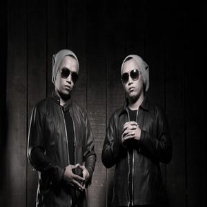 Twins - Cinta Kau Balas Dusta