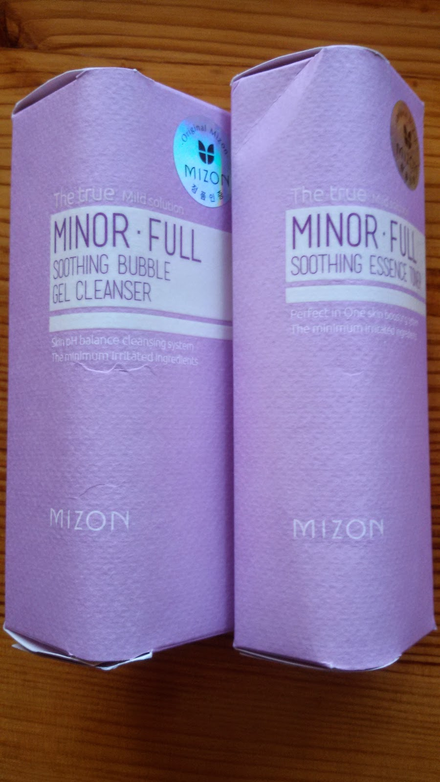 Mizon Soothing Bubble Gel Cleanser и Mizon Soothing Essence Toner