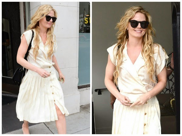 Hair-like-Rapunzel-Beauty-like-Snow-White-Jennifer-Morrison-Pampers-Herself-with-Hair-Makeover
