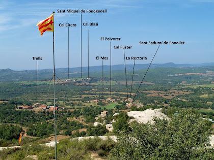 Vistes cap a ponent des del vèrtex geodèsic del Serrat de la Madrona