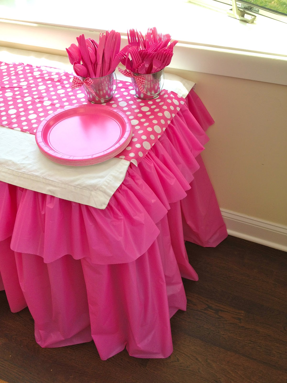 Diy Table Cover Ideas - Tuesday march 27 2012