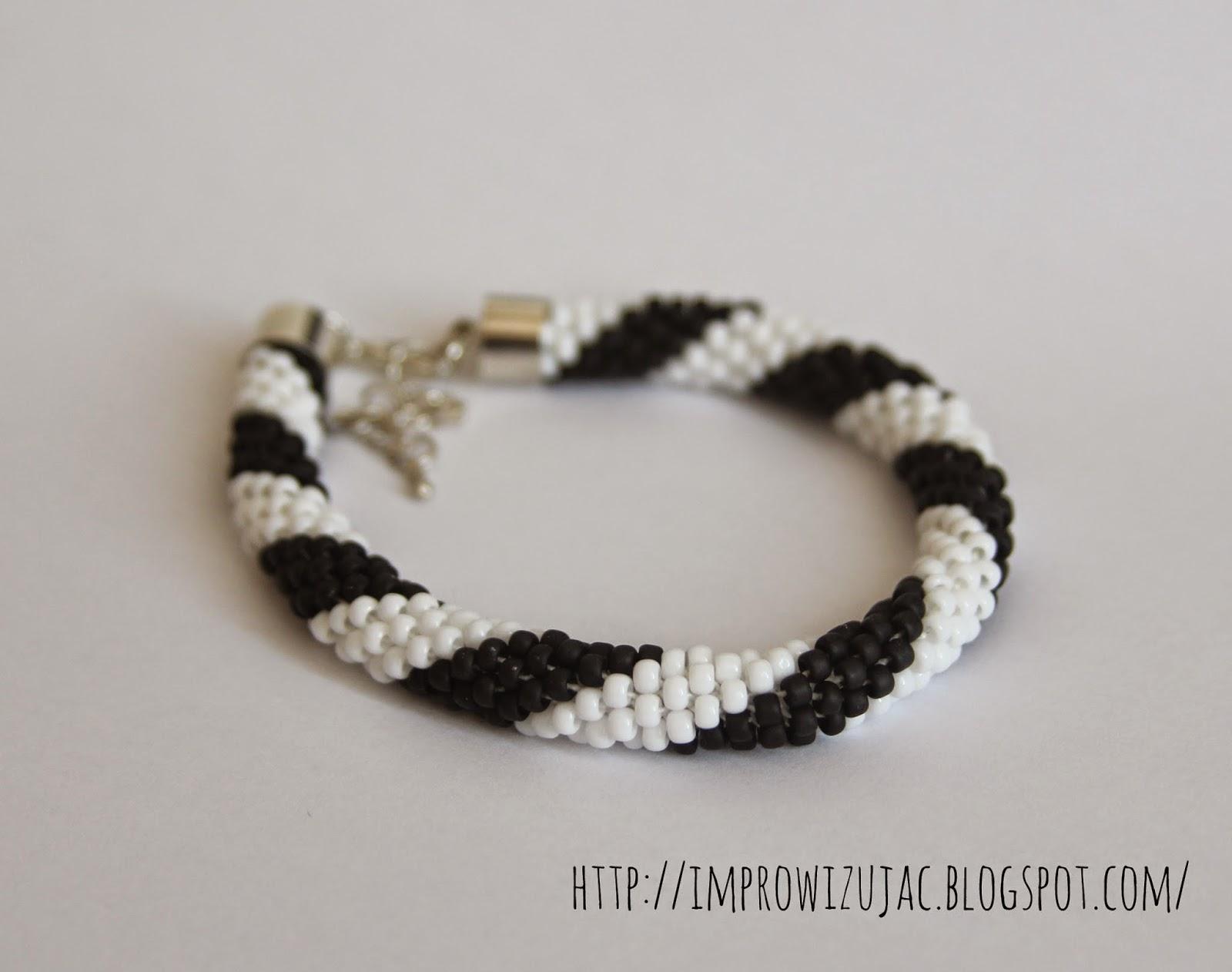 bransoletka czarno-biała