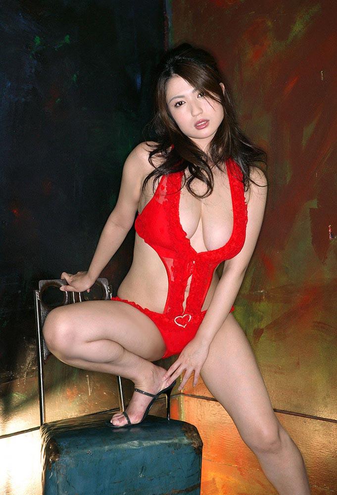 nonami takizawa sexy naked photo 04
