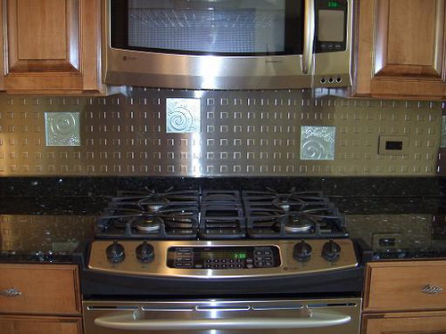 Awesome kitchen backsplashes design for decorating your Kitchen backsplash ideas stainless steel