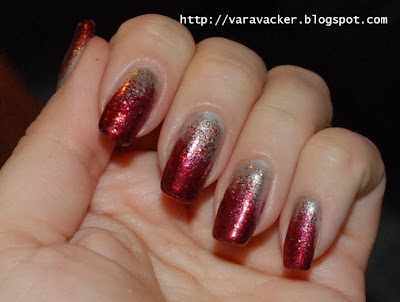 naglar, nails, nagellack, nail polish, christmas mancure, julmanikyr, svampning