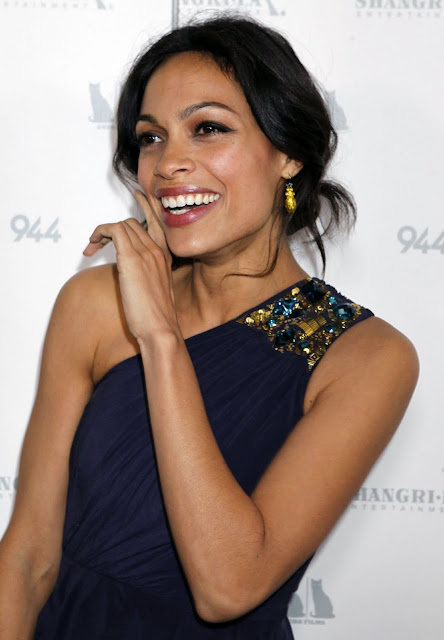 Hot American Actress Rosario Dawson Real Life Event Pics
