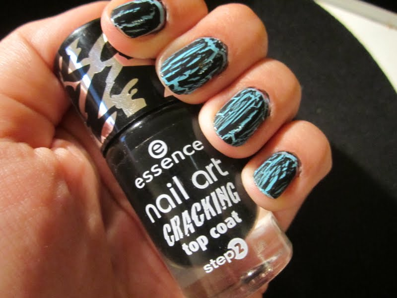 Lady Fabuloux Review Essence Nail Art Cracking Top Coat