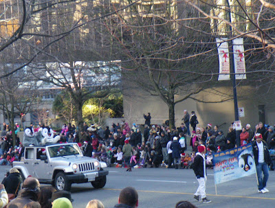 Santa Claus Parade, Vancouver, 2011, happy feet two