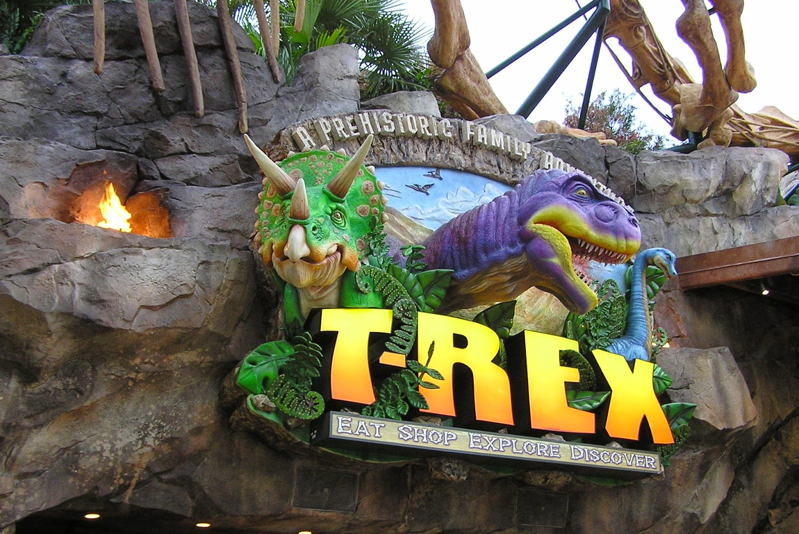T rex restaurante em orlando embarque para orlando for T rex location