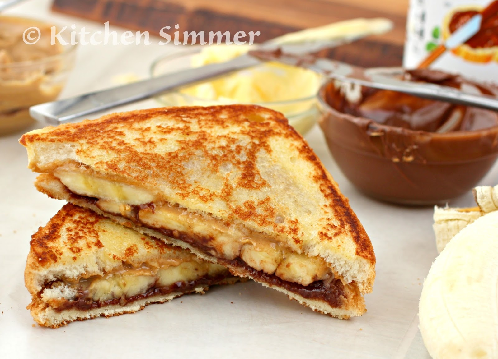 Kitchen Simmer Grilled Peanut Butter Banana And Nutella Sandwich Go Box Of 12