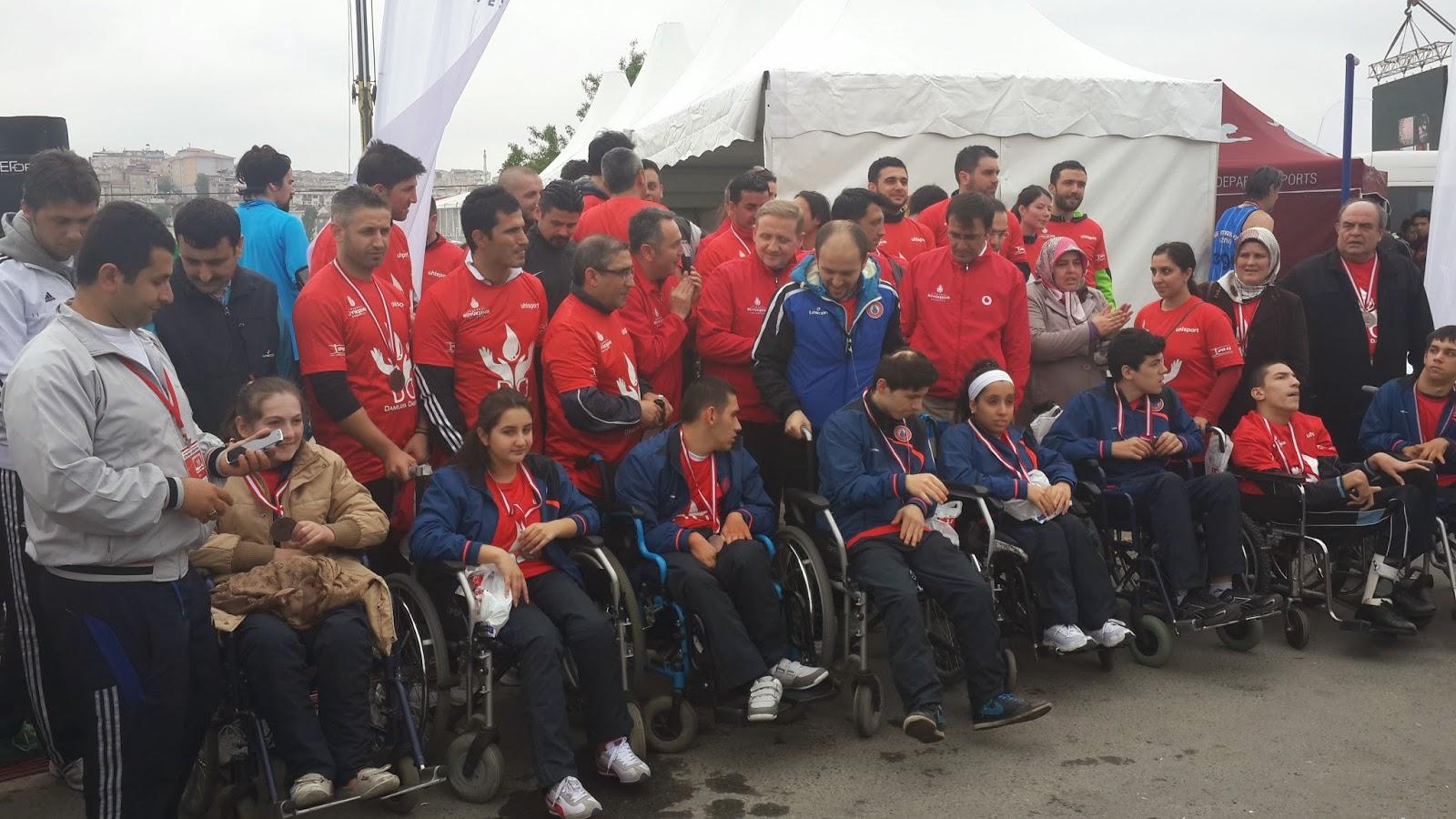Vodafone Yarı İstanbul Maratonu 2014 Nisan engelli
