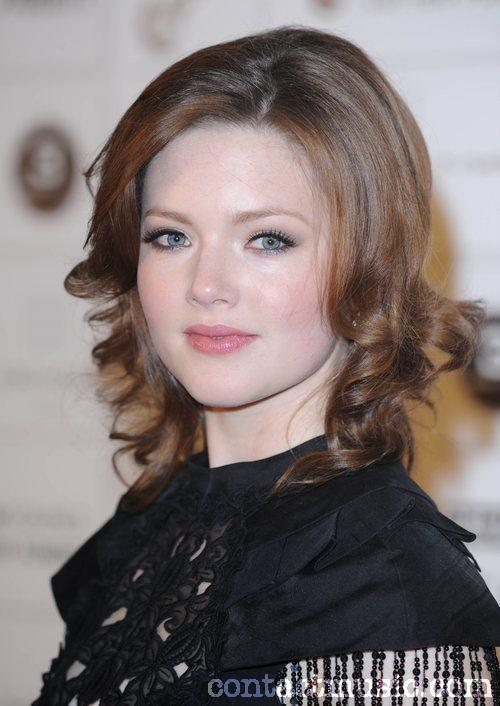 Holliday Grainger Pictures