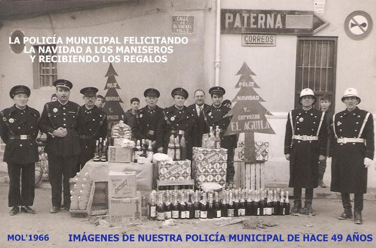 20.12.15 LA POLICÍA MUNICIPAL FELICITA LAS FIESTAS NAVIDEÑAS, FOTO DE HACE 49 AÑOS, EN 1966