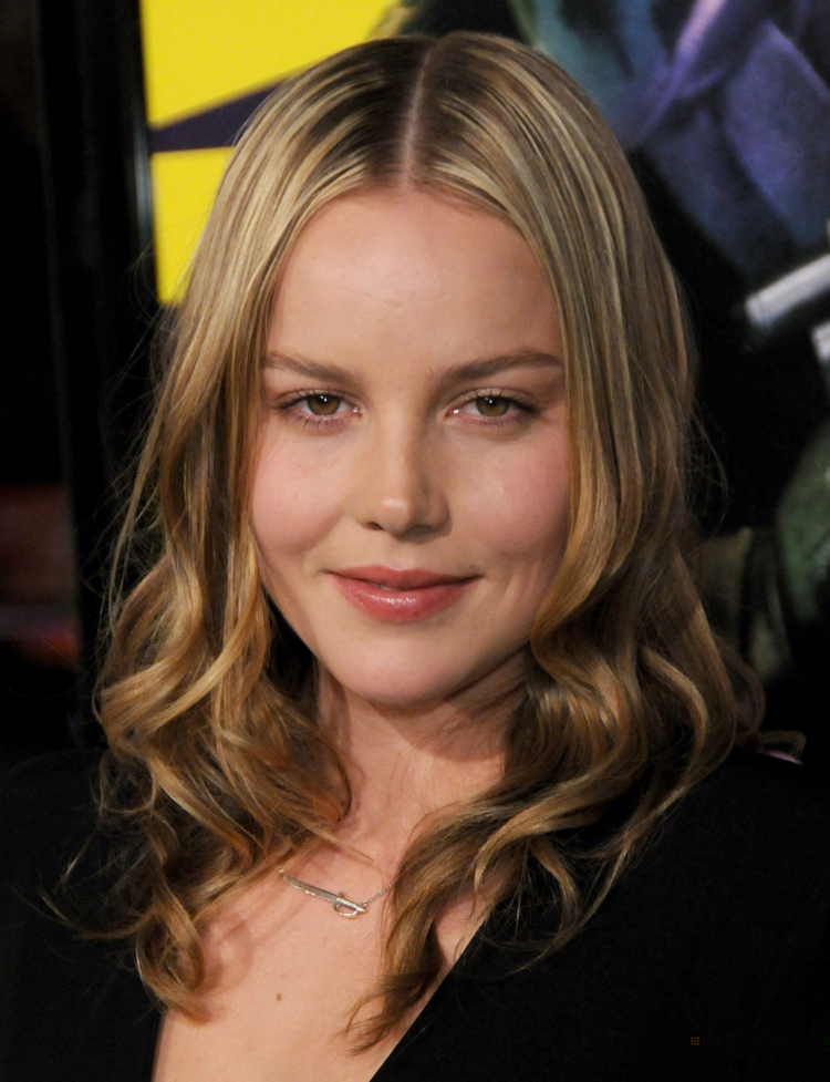 Abbie Cornish Hairstyle 9