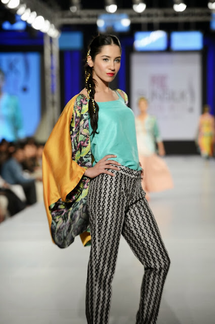 Sania Maskatiya at Pakistan Sunsilk Fashion Week 2013