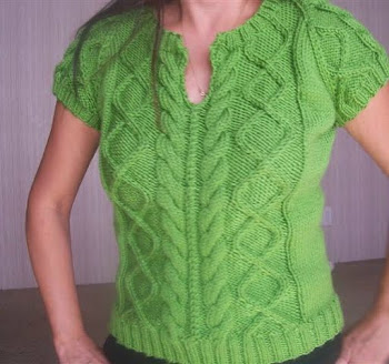 My favorite cabled top I made