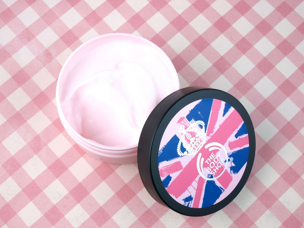 The Body Shop Mother's Day Vitamin E Special Edition Skincare Collection: Review