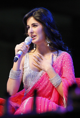 Katrina Kaif At Dubai Dreamz Concert Pictures