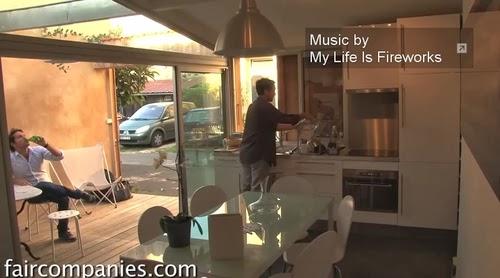 04-Kitchen-Dining-Area-and Patio-Photographer-Jérémie-Buchholtz-Bordeaux-Architect-Matthieu-de-Marien-Garage-Apartment-Mews-Street-www-designstack-co
