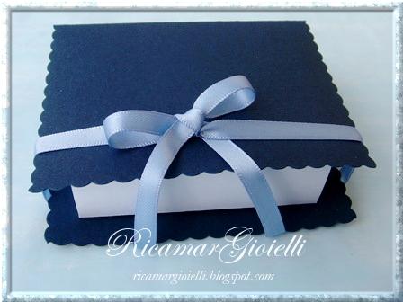 confezione regalo a libro