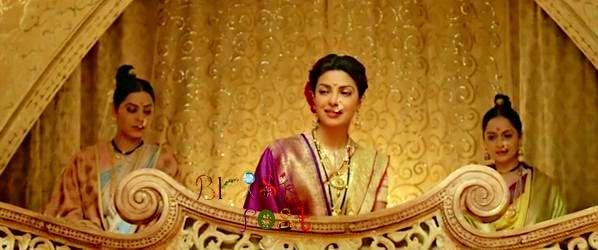 Priyanka Chopra as Bajirao Ranveer Singh's first wife - Kashibai in Deeewani Mastani song