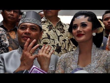 Foto Pernikahan Krisdayanti Raul