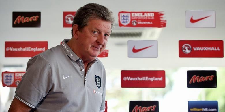 """Taruhan Online - Hodgson Ingin Satukan Rooney-Sturridge"""