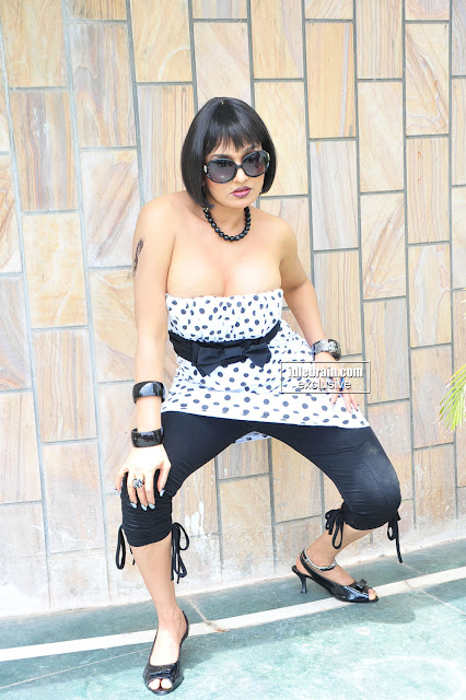 Thigh Show Pretty Ramyasri hot sizzling unseen gallery Unseen