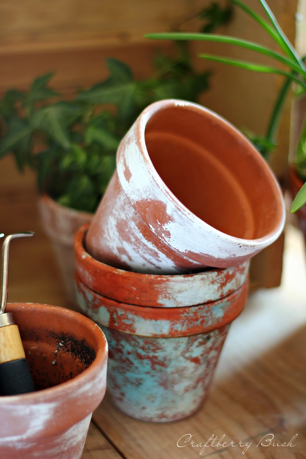 How to make terra cotta pots chippy its overflowing for Terracotta works pots