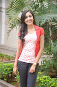 Ritu Varma Glam pics at Naa Rakumarudu Premier press meet-thumbnail-16