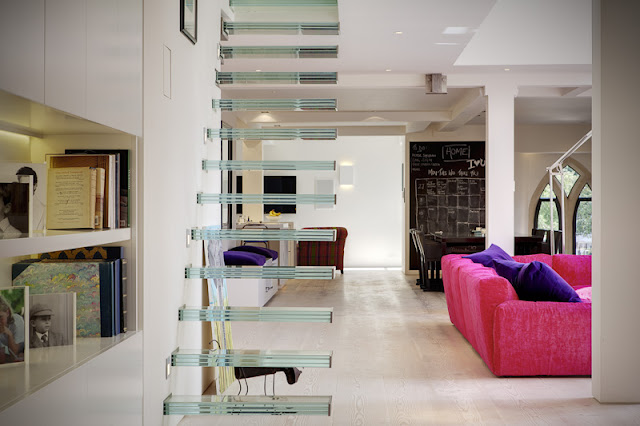 Picture of minimalist floating glass staircase
