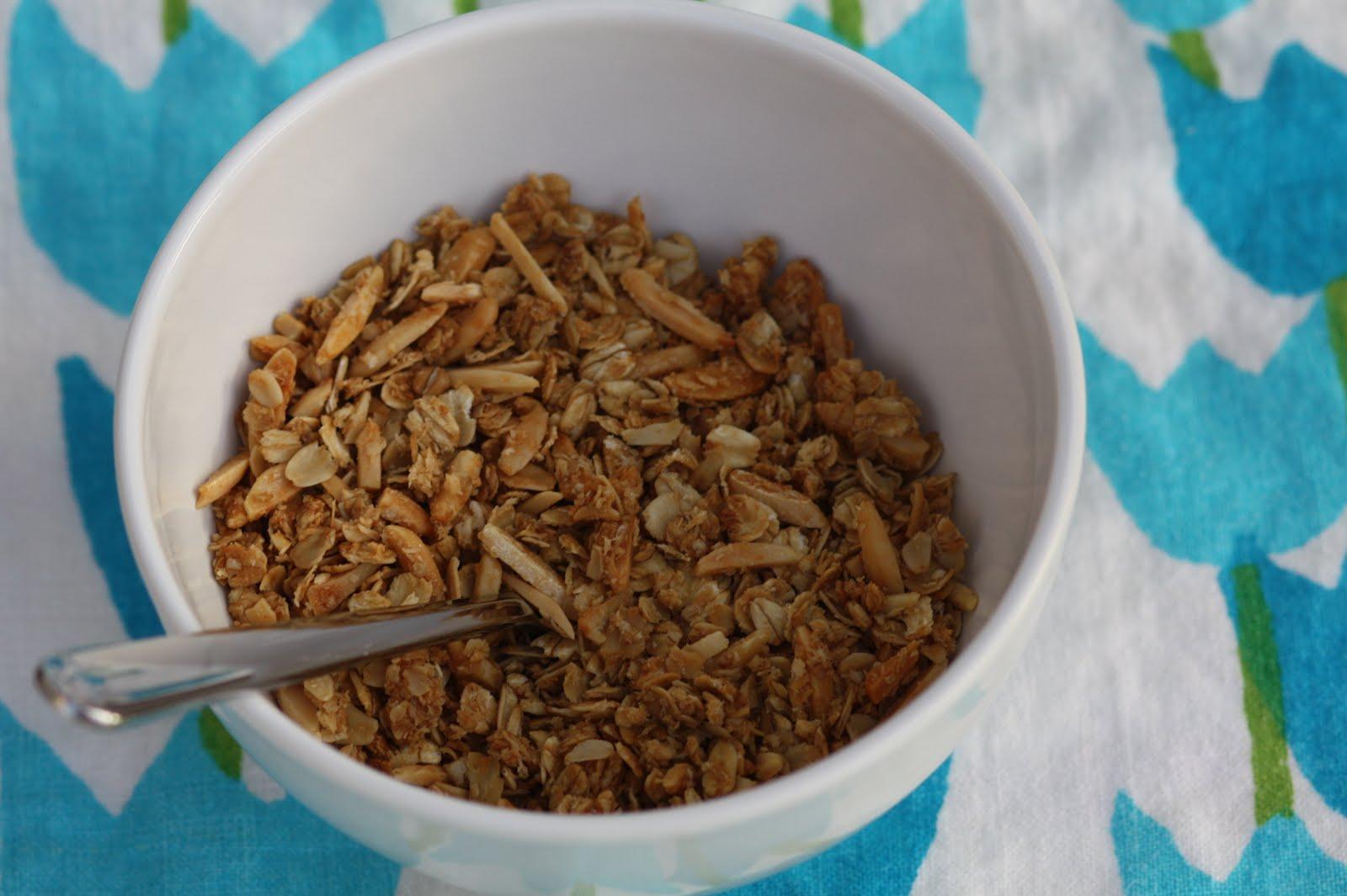 A Crafty Escape: Homemade Granola