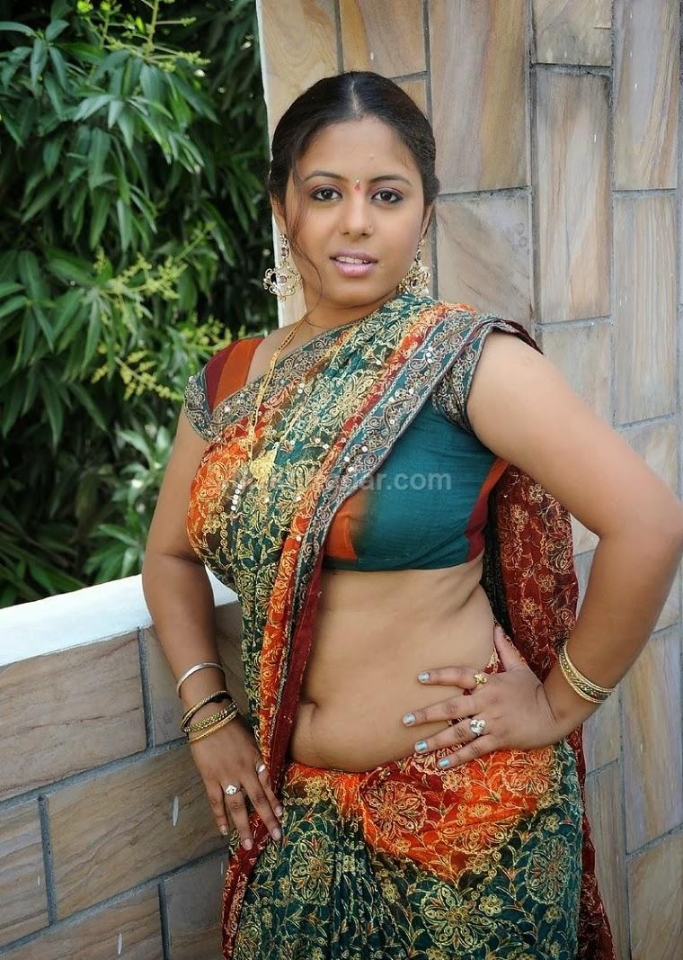 navel show sunakshi hot navel show photos in saree sunakshi hot and ...