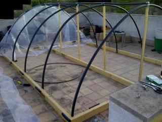 Como hacer un invernadero casero aprender hacer bricolaje casero - Fabricar un invernadero ...
