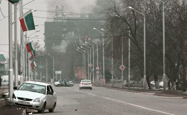 Сгоревший Дом печати в Грозном