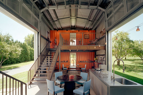 Turn a 2000 shipping container into an epic off grid home - Building a home out of shipping containers ...