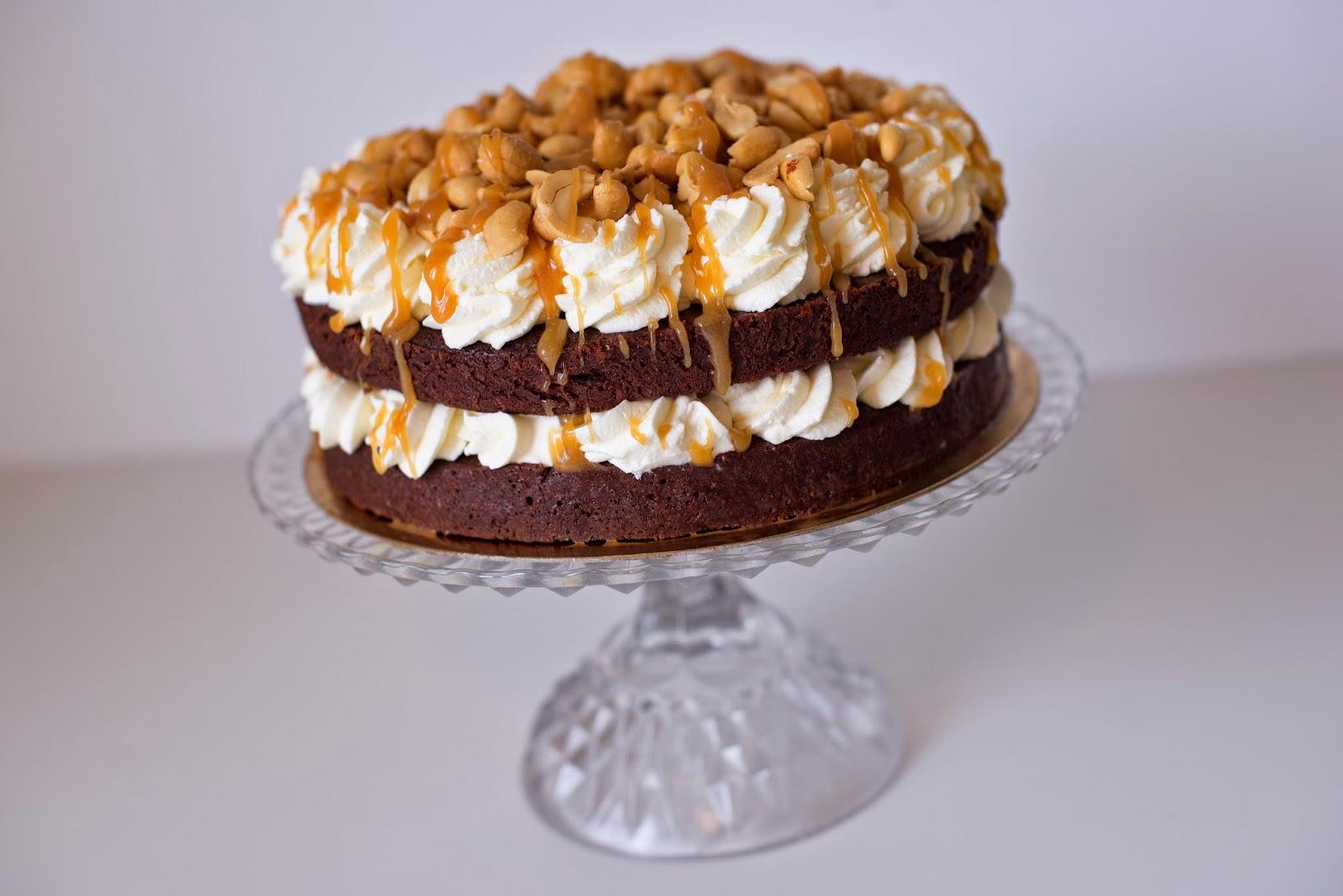 chokladtårta med nötter