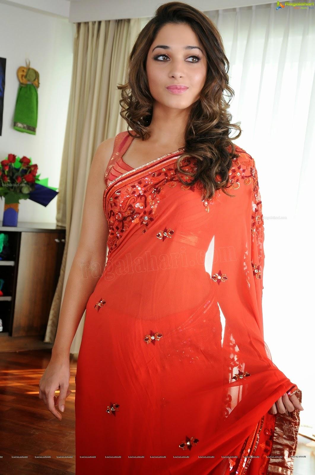 Wearing saree below navel discussion Croft