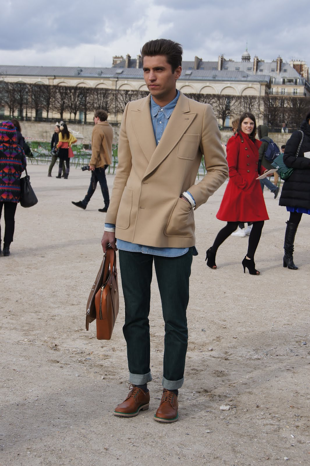 Green Pants...London & Paris   look to inspire - all trends ...