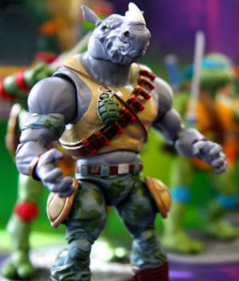 Playmates Teenage Mutant Ninja Turtles Classics Rocksteady figure