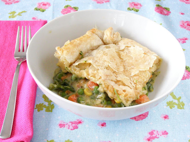 Vegan Creamy Vegetable Pot Pie