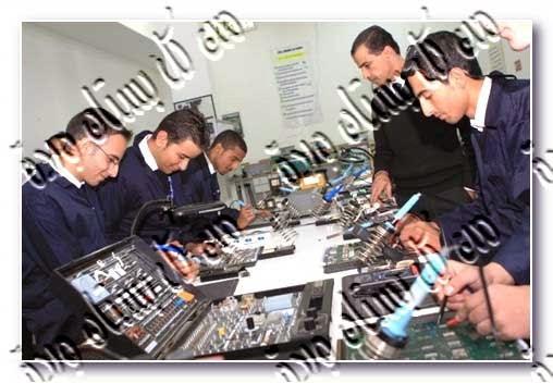 فنى الكترونيات خبرة 15 عام يبحث عن عمل فى مصر أوعمل فى قطر-فنى الكترونيات وصيانة تليفزيون أو كاسيت أو سخانات يبحث عن عمل فى مصر أو فى قطر-فنى الكترونيات خبرة فى أوليمبيك جروب يبحث عن وظيفة-وظائف مصر-وظائف قطر-وظائف خالية