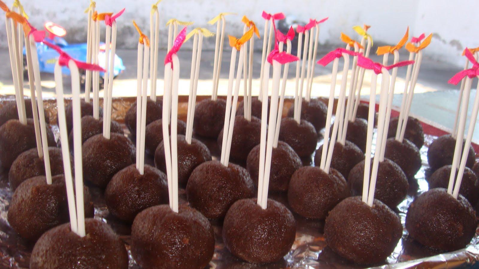 Saborcastor cake pops for Cobertura para cake pops