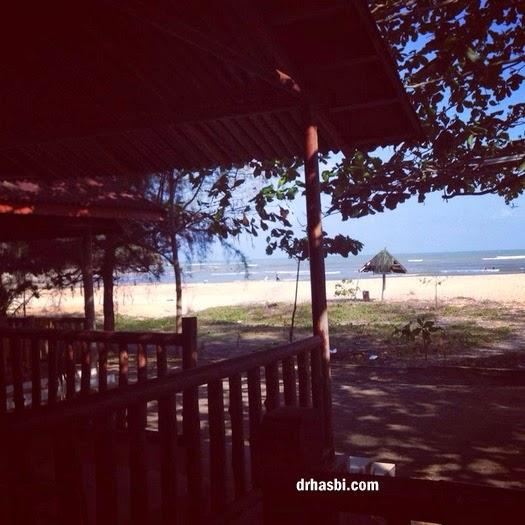 berkelah di Pantai Cherating Pahang